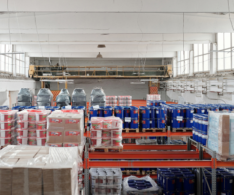Keuntungan Sewa Truk untuk Bisnis Pengiriman Barang Produksi